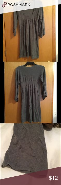 Dark Grey Express Baby Doll knit dress Gently used dark grey babydoll dress with bell sleeves. Please let me know if you have any questions. Make sure you check out the rest of my closet and take advantage of my bundle discount offer (see listing in my closet for details)! Happy Poshing! 🛍 Express Dresses