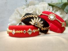 Check out these silk thread bangles design like multicolored bangles, handmade bangles, kundan bangles, etc and find the most stylish silk thread bangles for bride. Kundan Bangles, Silk Bangles, Bridal Bangles, Bridal Jewellery, Silk Thread Bangles Design, Silk Thread Necklace, Thread Jewellery, Quiling Earings, Handmade Jewelry Designs