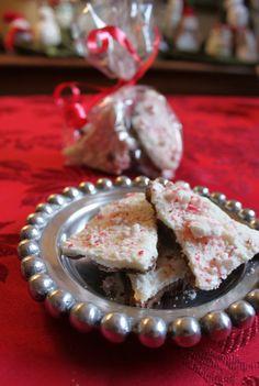 Easy Peppermint Bark {Week 12 of 12 Weeks of Christmas Cookies}.