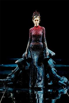 Amazing dresses by Michael Cinco Glamsugar.com Michael Cinco Haute Couture FallWinter 20132014 at Fashion Forward Dubai