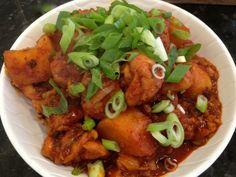 Spicy Braised Chicken / 닭볶음탕 / Dakbokkeumtang (or dakdoritang)