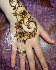 Зимние скидки,роспись такого объёма 300р пишите в директ,буду заглядывать туда почаще #хна #мехенди #henna #mehndi #ilovemylive #ilovemyjob #Липецк #мехендилипецк #город48 #романчернов