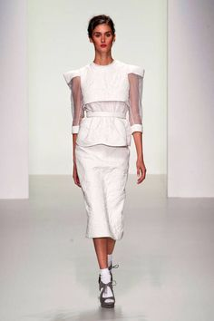 Bora Aksu Spring 2014 Ready-to-Wear Collection freaky but i love these girls theres always a few good pieces and theyre just sao sfreaky