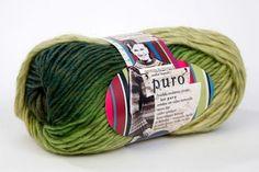 Puro green yarn