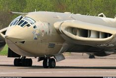 Aviation Photo Handley Page Victor - UK - Air Force Military Jets, Military Aircraft, Handley Page Victor, Helicopter Cockpit, V Force, Fixed Wing Aircraft, Flying Vehicles, Architecture Art Design, Navy Aircraft