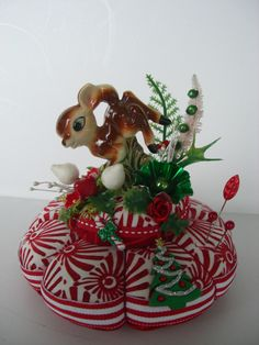 Christmas Pincushion Vintage Wide eyed Reindeer Bambi Centerpiece - Do you think I can find one with Flower and Thumper on it too? Beautiful Christmas Decorations, Holiday Decor, Lavender Sachets, Cute Pins, Antique Dolls, Pin Cushions, Candy Cane, Reindeer, Vintage Christmas