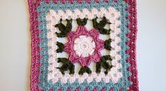 [Free Pattern] This Gorgeous Blooming Granny Square Makes Awesome Housewarming…