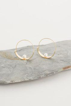 Pearl Balance Hoop Earring, Gold Plated