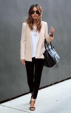 Blazer + T-shirt: O combo básico que vai... - FashionBreak