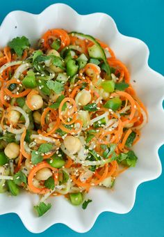 Sweet and Sour Thai Cucumber Pasta Salad with refreshing cucumber, carrots, chickpeas, + peppers and drizzled with a delightful homemade sweet and sour sauce