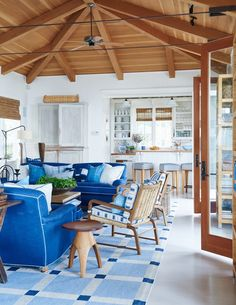 Farmhouse Rustic Living Room Decor Ideas - Home Decor Ideas Blue And White Living Room, White Rooms, Modern Cottage, White Cottage, Cottage Style, Beach House Decor, Home Decor, Beach Houses, Beach Cottages