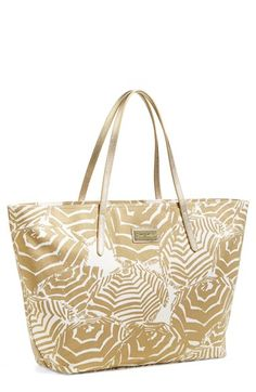 Best Lilly Pulitzer bag ever.  Cute print but neutral so it goes with everything.  Love.  It.