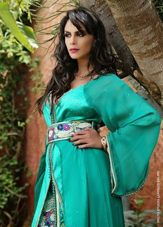 Specifications Best quality of fabric with hand work embroidery. Price are reasonable contact us then we will send you Arab Fashion, Diy Fashion, Caftan Gallery, Arabic Dress, Moroccan Caftan, Arab Women, Caftan Dress, Traditional Outfits, Lehenga