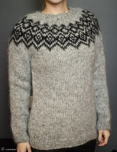 A traditional Icelandic yoke sweater to keep warm during cold winter months.The sweater can be knitted in variety of color combinations. The sample was knitted in double thread plötulopi - a substitute yarn is shown below. Sweater Knitting Patterns, Knitting Stitches, Knitting Yarn, Knit Patterns, Free Knitting, Knitting Ideas, Knitting Projects, Crochet Fall, Knit Crochet