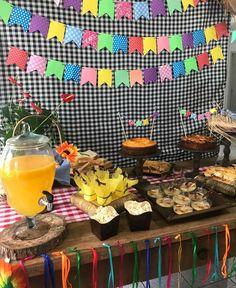 Disco Birthday Party, 24th Birthday, Happy June, Diy Presents, Ideas Para Fiestas, Fiesta Party, Colorful Decor, Birthday Decorations, Diy Room Decor