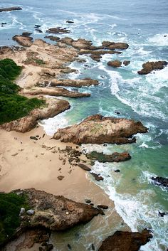 South Africa, but I didn't see if from quite this view although I did go to the top of Tabletop Mtn. Claude Monet, Vincent Van Gogh, Places To Travel, Places To Visit, Rock Pools, Travel Channel, Grand Tour, Historical Sites, South Africa
