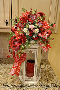 of you know that I make these fun lantern swags for different seasons and holidays and now it's time for Valentines! They simply t. Valentines Decoration, Valentine Theme, Valentine Day Wreaths, Valentine Day Crafts, Holiday Wreaths, Holiday Crafts, Valentine Ideas, Diy Valentine's Day Decorations, Decor Crafts