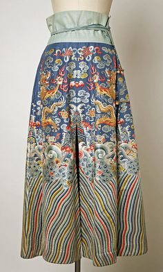 Skirt Date: 19th century–20th century Culture: Chinese Medium: silk, bast fiber, metal