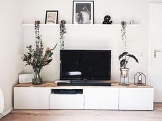 58 Lovely Living Room Design Ideas to Make Your Space Look Luxe 58 Lovely Living Room Design Ideas to Make Your Space Look Luxe # Source by Condo Living Room, Small Space Living Room, Living Room Remodel, Home And Living, Living Room Decor, Design Salon, Home Design, Design Ideas, Etagere Design