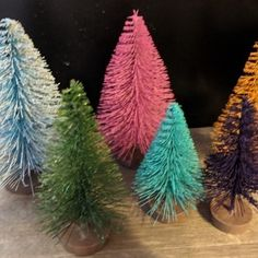 Make delightful mini Christmas trees in rainbow colors - IKEA Hackers Ikea Christmas, Mini Christmas Tree, Christmas Wreaths, Christmas Decorations, Holiday Fun, Holiday Decor, Trendy Furniture, Ikea Hackers, Bottle Brush Trees