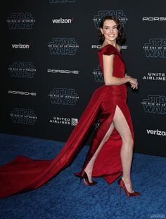Celebrities being Hot Daisy Ridley Hot, Daisy Ridley Star Wars, Movie Halloween Costumes, Non Blondes, English Actresses, Instagram Models, Instagram Makeup, Instagram Girls, Sexy Legs