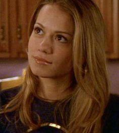 Haley James Scott - Season 3, love her hair in this season