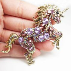 Stone brooches or pins are items that might be mounted onto the dress, and might be worn to brighten an outfit or components. Gold Brooches, Vintage Brooches, Vintage Jewelry, Wire Jewelry, Pendant Jewelry, Beaded Jewelry, Jewellery, Gemstone Brooch, Unicorn Jewelry