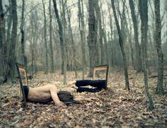 Dit is ook een voorbeeld van Surrealistische fotografie. Deze foto sprak me vooral aan omdat het er heel grappig en echt uitziet.