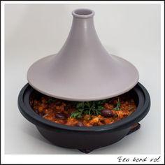 """Tajine met groentjes, kip en olijven / Recepten van """"Een bord bol""""https://www.pinterest.com/source/eenbordvol.be/"""
