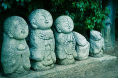 These little figures are so sweet, he is called Jizo (地蔵) Jizo are stone images placed along pathways. They look like little monks and indeed their origin was influenced by Buddhism. But they belong more to folk beliefs. He is the protector of women, children, and travelers in the six realms of existence. Jizo is special to pregnant women and to those whose children have died.
