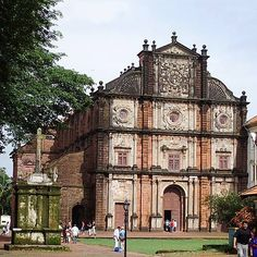 https://www.facebook.com/TheSmartShopTss  The Basilica of Bom Jesus church is one of the oldest churches.  #Goa #OldGoa #TRAVEL #TOURISM