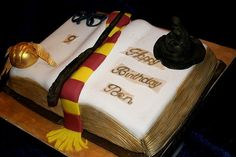 Harry Potter Cake? YES, PLEASE!