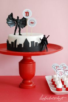 Message of Love: Super Hero Party + Candy Buffet Superhero Cake, Superhero Birthday Party, 4th Birthday Parties, Boy Birthday, Superman Party, Cakepops, Supergirl Cakes, Candy Party, Diy Cake