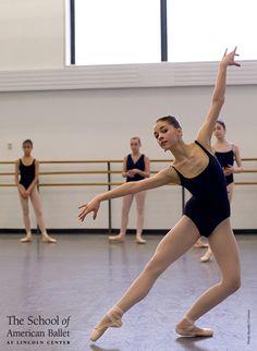 Intermediate Girls B2 Technique class