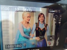 Elizabeth and Georgina on the set - 9 october 2014 - 4*9