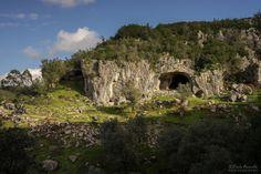 Caminhada por terras de Sicó - Viagens à Solta Trekking, Mount Rushmore, Mountains, Nature, Travel, Rocky Mountains, Drop, Walking, Sidewalk