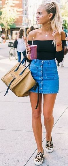The warmer months are finally arriving and there's so many Spring outfits you need to copy right now! With the emergence of Spring comes bright colors and bold looks, your favorite pastels, soft chiffon and satin, and a whole bunch of new trends. So make...