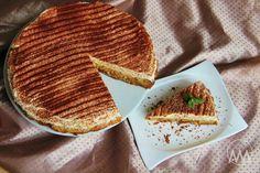 V kuchyni vždy otevřeno ...: Obrácený jablečný koláč s pudinkovým krémem Pancakes, French Toast, Bread, Breakfast, Ethnic Recipes, Sweet, Food, Fine Dining, Morning Coffee