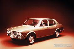 Der Name Alfetta tauchte zum ersten Mal in den fünfziger Jahren auf, als Alfa Romeo einen Rennwagen vorstellte… © Alfa Romeo #AlfaRomeo #Alfetta #1972 #zwischengas #classiccar #classiccars #oldtimer #auto #car #cars #vintage #retro