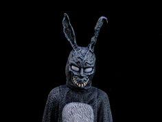 Donnie Darko - Frank The Bunny Donnie Darko Frank, Foxy And Mangle, William Afton, Circus Baby, Old Farm Houses, Weird World, Trance, Easter Bunny, Sculpting