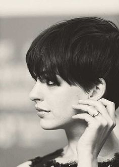Anne Hathaway cute short hair