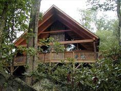 Cabin vacation rental in Valle Crucis from VRBO.com! #vacation #rental #travel #vrbo http://www.vrbo.com/284035 (nice kitchen)