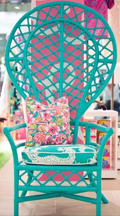 Painted Furniture •~• blue rattan chair