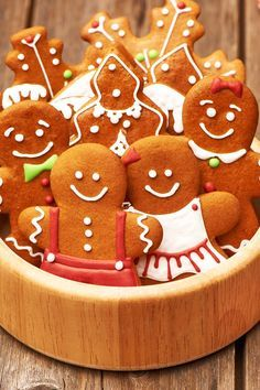 The Best Christmas Gingerbread Cookies Recipe