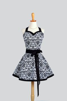 Sweetheart Retro Apron - Sexy Womens Apron Black White Damask Cute Full Kitchen Apron