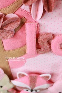 Porta maternidade Flâmula, por Fernanda Lacerda. Nova tendência em enfeites para bebês.