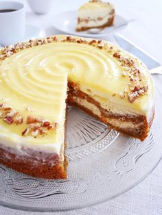 Morotscheesecake 🥕 | erikasfikastund Cookie Desserts, No Bake Desserts, Just Desserts, Dessert Recipes, Swedish Recipes, Sweet And Salty, Cheesecake Recipes, No Bake Cake, Baking Recipes
