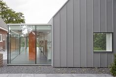 Gallery of Dentist with a View / Shift architecture urbanism - 13