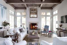 Extravagante Wohnzimmer Interieur-Ideen - Klassisches Weiß  Check more at http://diydekoideen.com/extravagante-wohnzimmer-interieur-ideen/