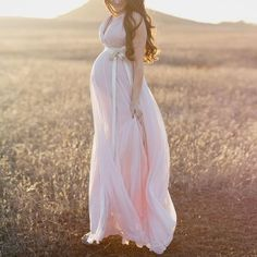 Who said pregnant brides can't wear elegant wedding dresses? These 20 graceful wedding dresses for pregnant brides prove otherwise! Maternity Poses, Maternity Portraits, Maternity Pictures, Maternity Wear, Pregnancy Photos, Maternity Wedding, Maternity Clothing, Maternity Winter, Pregnancy Photography